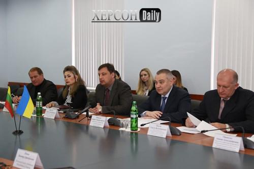 Новости Херсона. Губернатор Херсонской области встретился с послом Литвы. херсон дейли