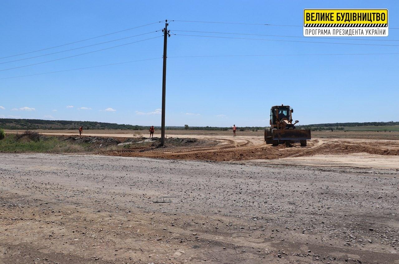 """На Херсонщине продолжается ремонт дорог в рамках проекта """"Большая стройка"""""""