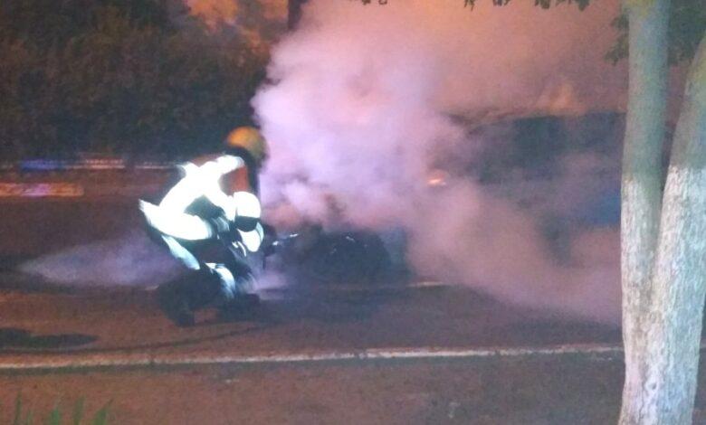В Херсоне ночью сгорел легковой автомобиль