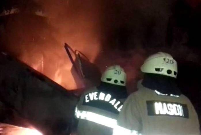 В Херсоне неизвестные подожгли МАФ: огонь повредил и соседние киоски