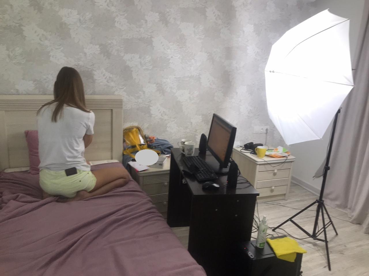 В Херсоне разоблачили две онлайн-порностудии: злоумышленники привлекли более 20 девушек