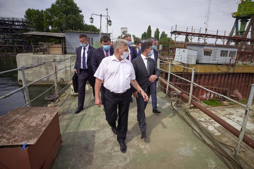 Сегодня в Херсоне заключили контракт о постройке плавучего причала для ВМС ВС Украины на 23, 5 миллиона гривен
