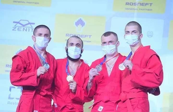 Студент ХГУ завоевал серебро на чемпионате мира по боевому самбо