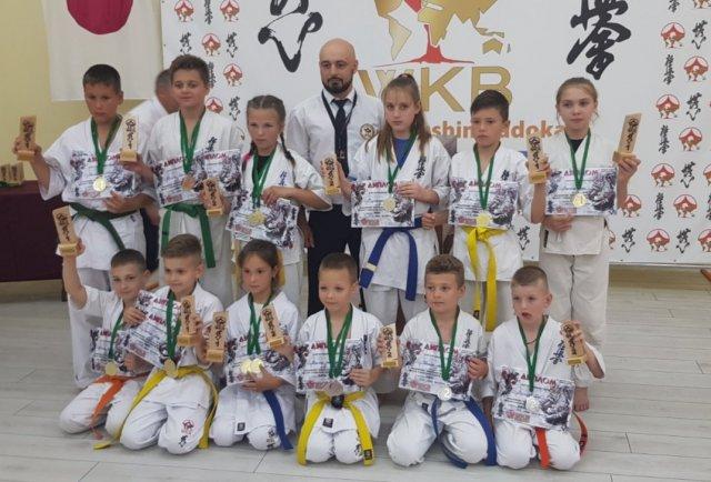 Херсонские каратисты добились новых достижений на соревнованиях