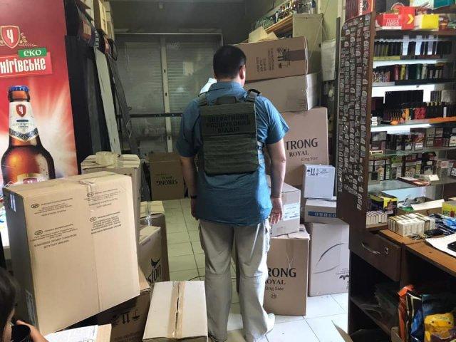 На Херсонщине пограничники изъяли более 40 тыс. пачек контрабандных сигарет на 1,35 млн