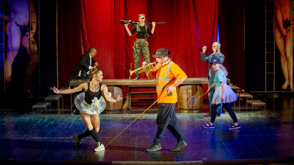 В Херсонском театре стартовал новый 85-й театральный сезон