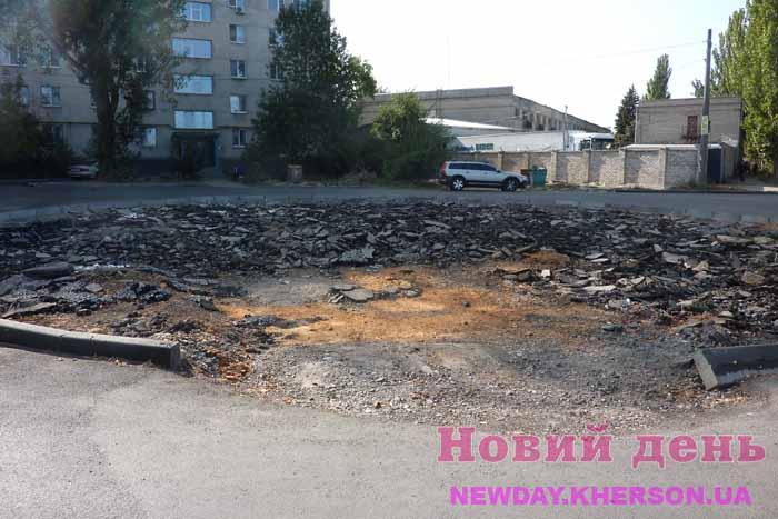 Ремонт дороги в Херсоне беды натворил