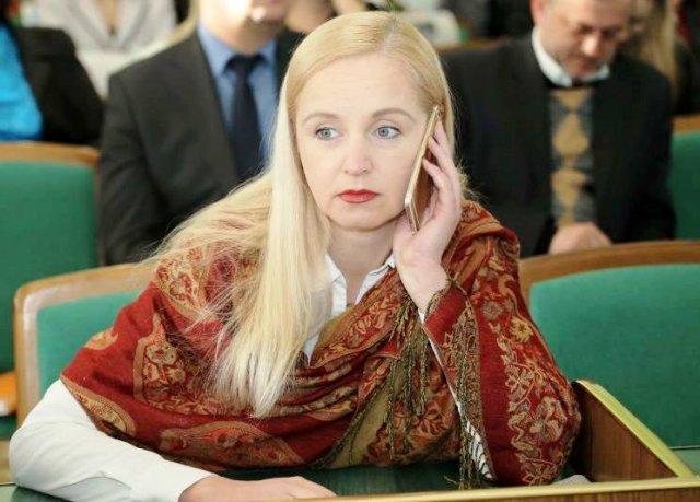 Херсонская советница Путилова теперь хочет советовать Мангеру
