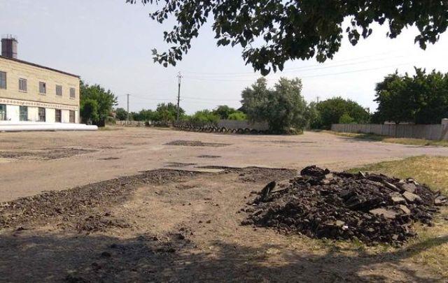 На Херсонщине отремонтируют дорогу: горсовет Новой Каховки выделил средства