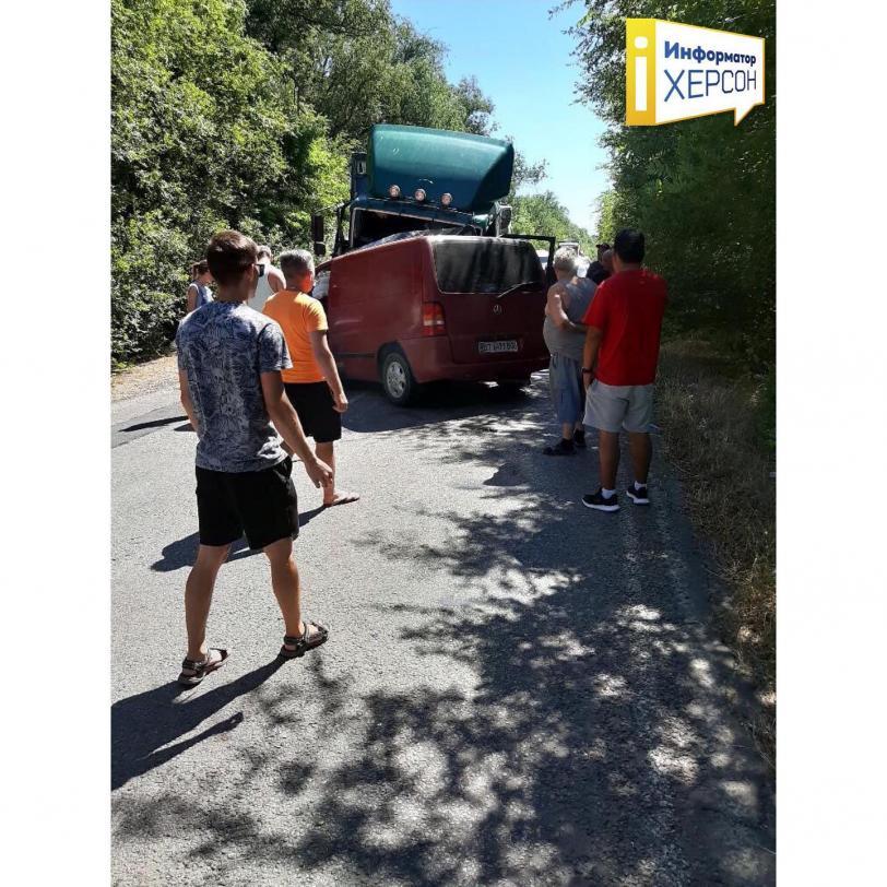 На Херсонщине случилась смертельная авария: пассажир погиб, а водитель ничего не помнит