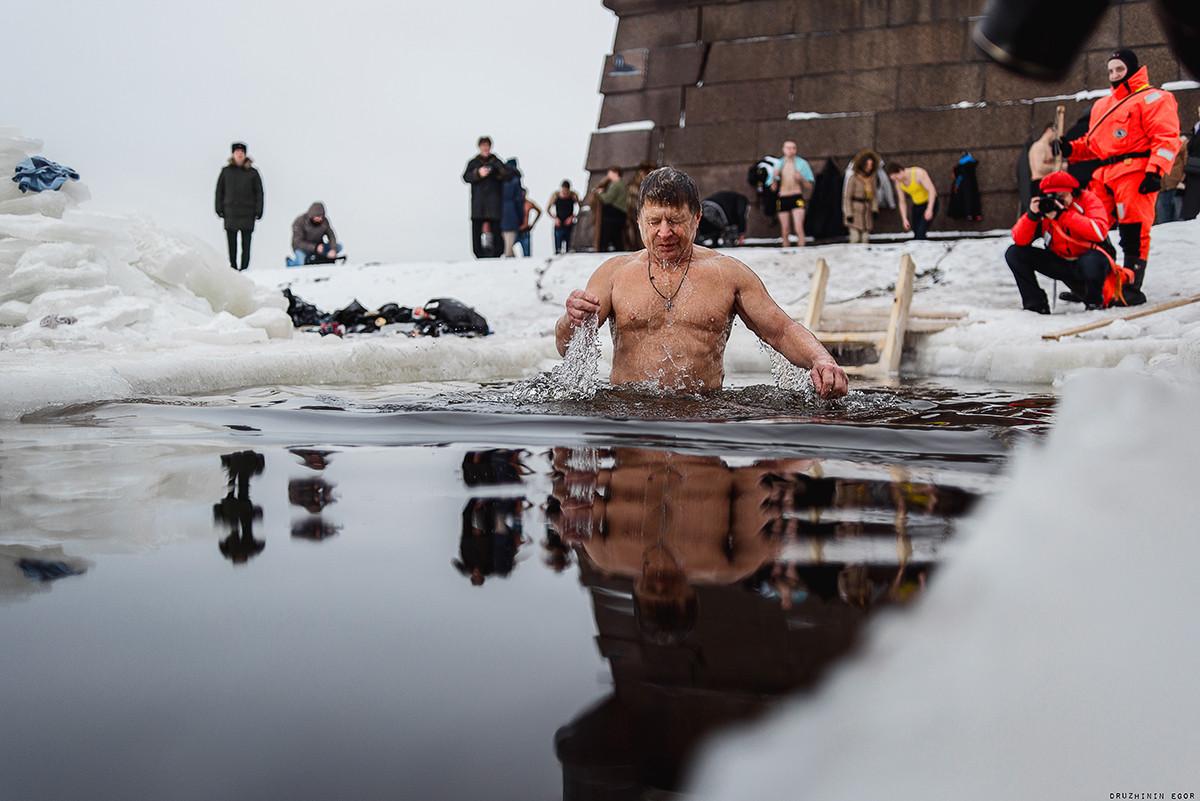 Для херсонцев обустроят 3 места для купания на Крещение, но купаться не советуют