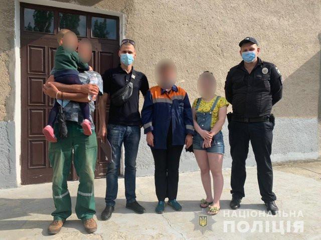 В полиции Херсона рассказали, как искали родственников брошенного на вокзале ребенка