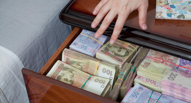 В какой валюте хранить сбережения, — совет банкира