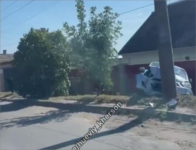 "ДТП под Антоновкой - авто ""таранило"" столб и забор"