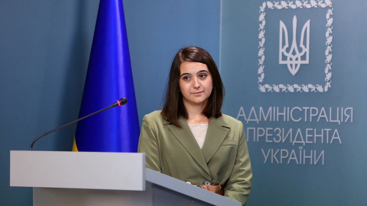 Херсонка Мендель покидает пост пресс-секретаря Зеленского, – СМИ
