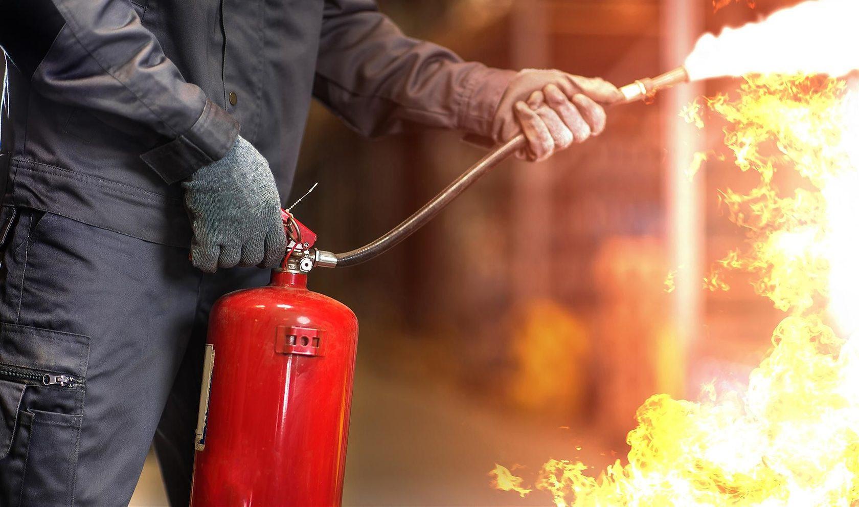 В Херсоне погиб в огне охранник пекарни, пытаясь потушить пожар