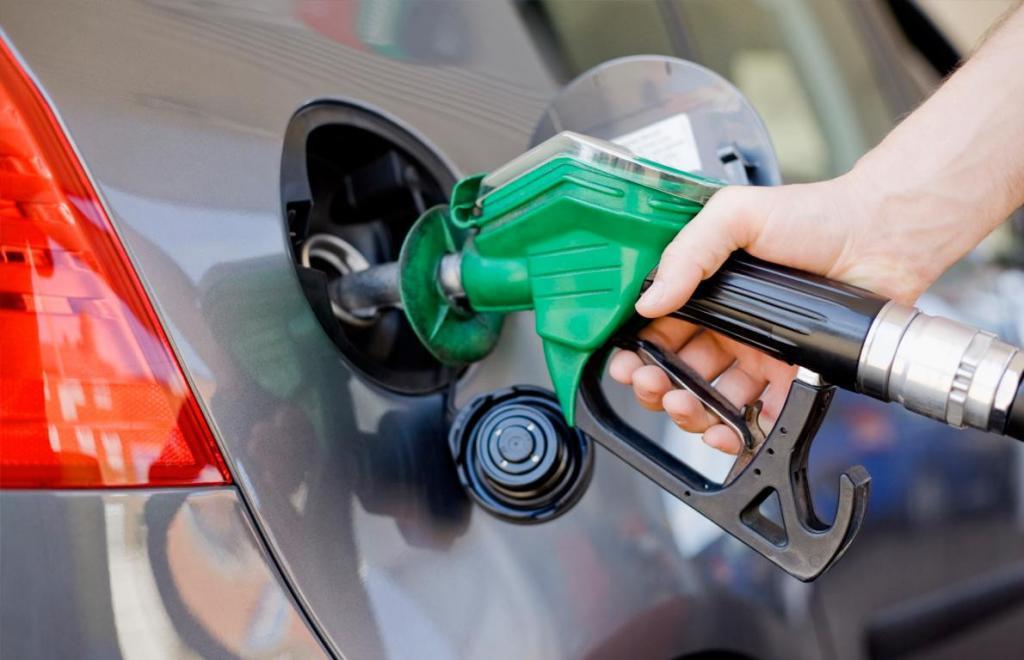 Самые популярные АЗС Украины изменили стоимость бензина и дизельного топлива