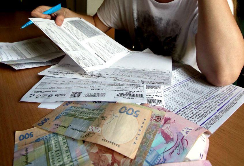 В Украине за долги по коммуналке забирают старую мебель и вещи