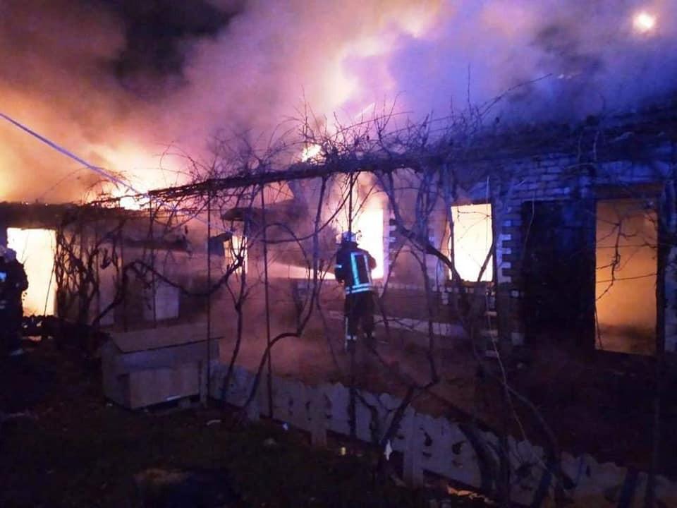 В Херсоне нуждается в помощи семья, пострадавшая от пожара. Нужно все: от посуды до денег