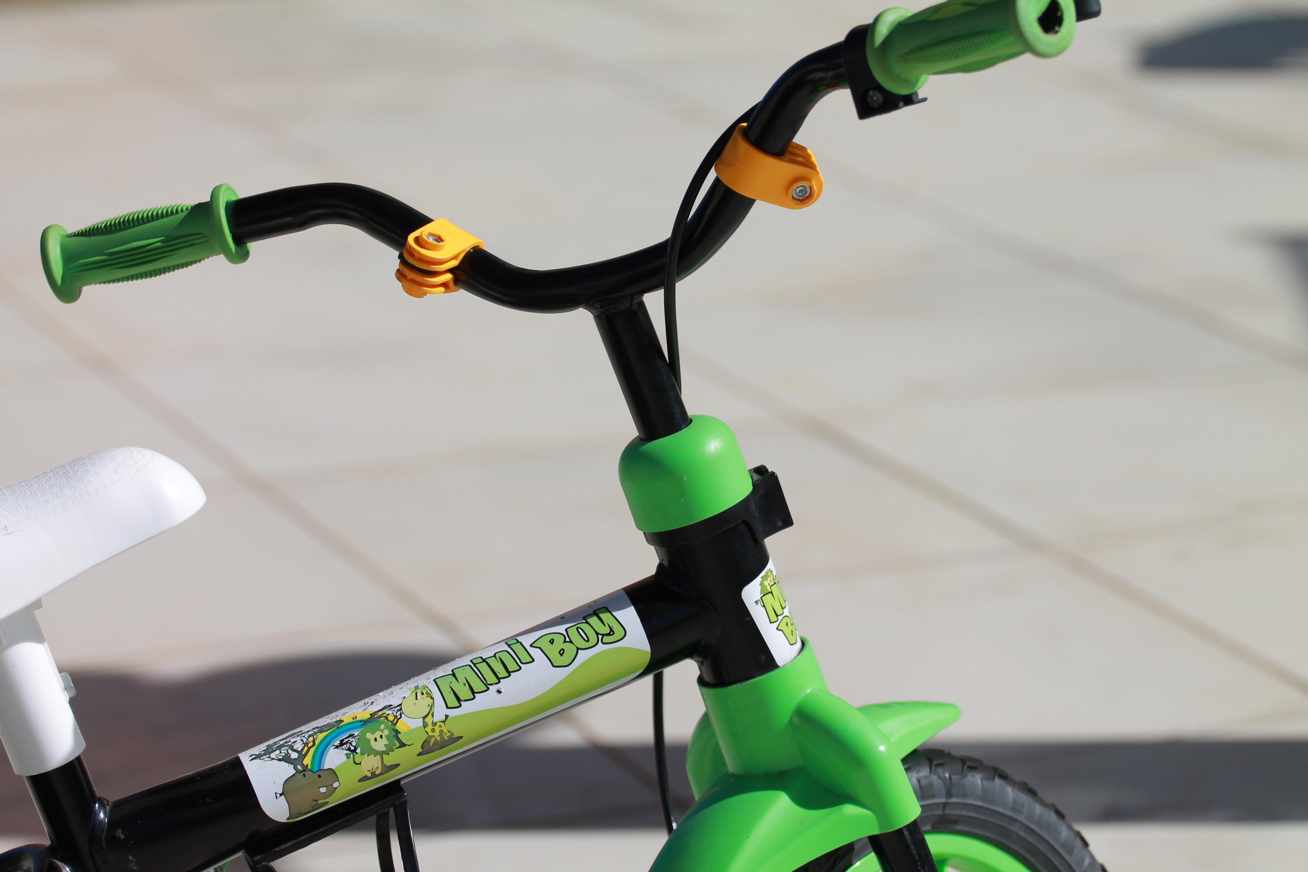 Житель Каховки украл у ребенка велосипед, чтобы купить подарок своей возлюбленной