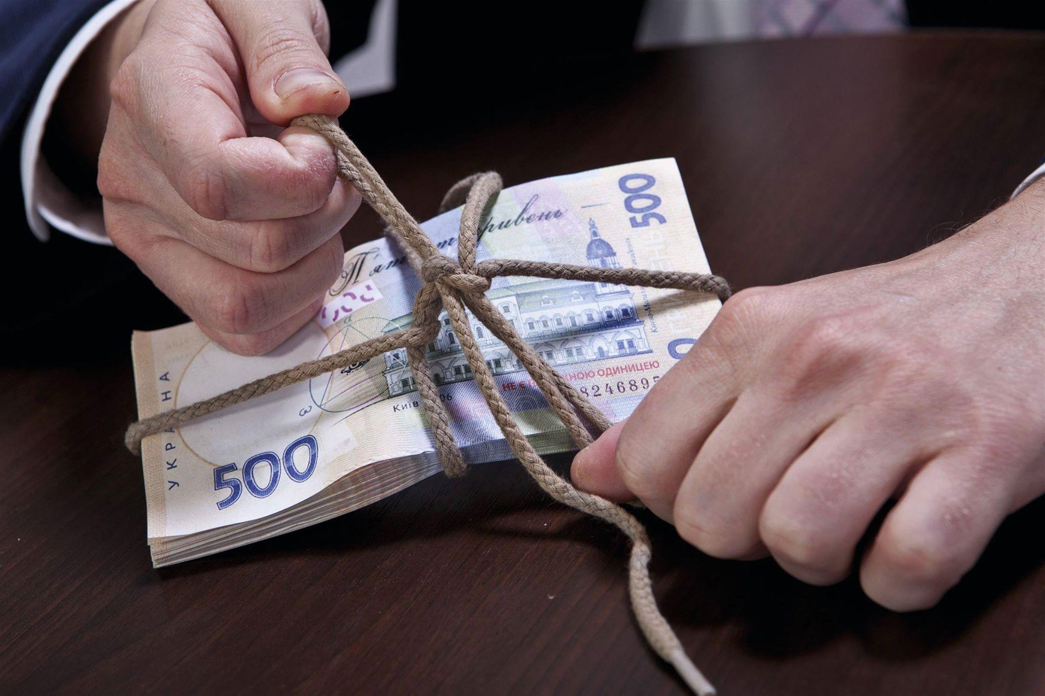 Экс-директора херсонского коммунального предприятия подозревают в присвоении бюджетных денег