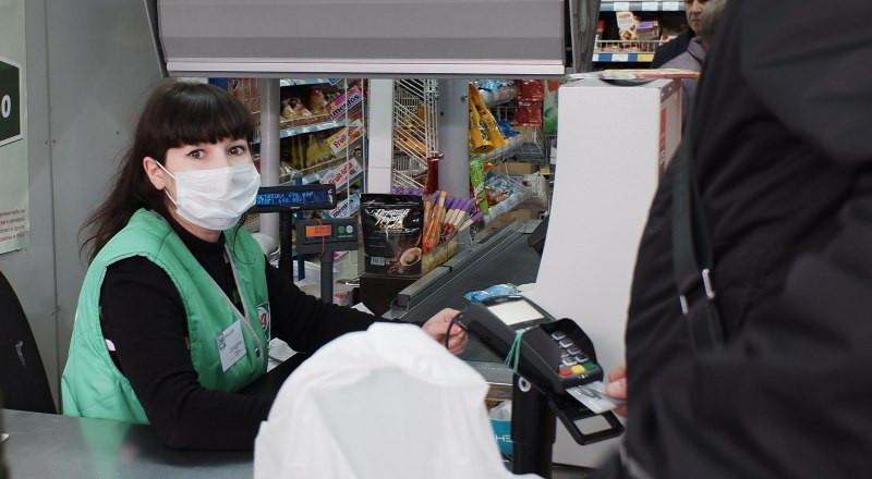 Продавщицу из Херсонской области пять раз пытались штрафовать за покупателей без масок, но не позволял суд
